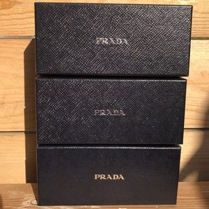Prada (1-empty box)